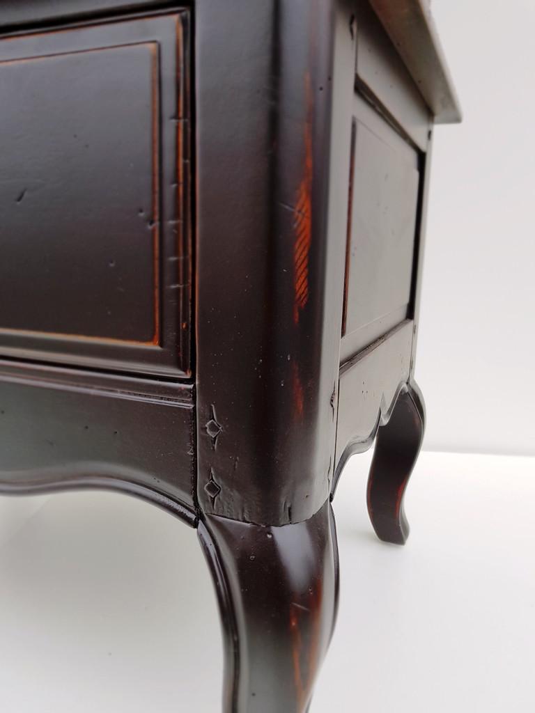 Витрина Noir&Blanc, шато-черная DF860