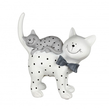 Статуэтка кошка с котенком в горошек 23х10х24 QJ99-0017