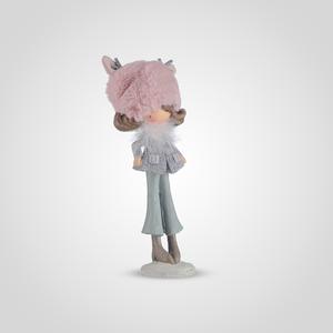 Девочка-Милашка в Теплой Розовой Шапочке