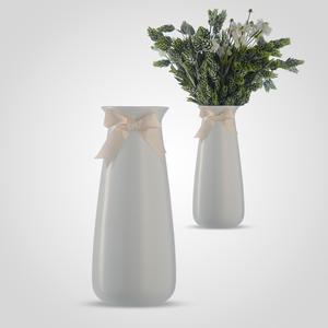 Ваза-Бутылка Керамическая с Бантиком Белая
