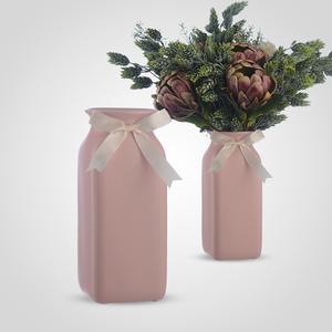 Ваза Керамическая Розовая Квадратная с Атласным Бантом
