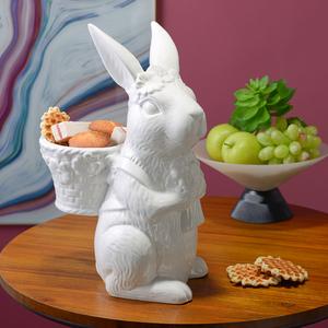 Белый Керамический Кролик-Милаш с Корзинкой и Цветами L