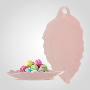 Керамическое Блюдо-Лист Нежно-Розового Цвета Большое