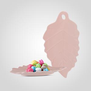 Керамическое Блюдо-Лист Нежно-Розового Цвета Малое