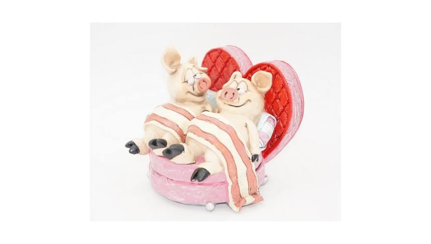 Статуэтка- копилка Свинки в кровати 11,5х11х12 RM08-0008
